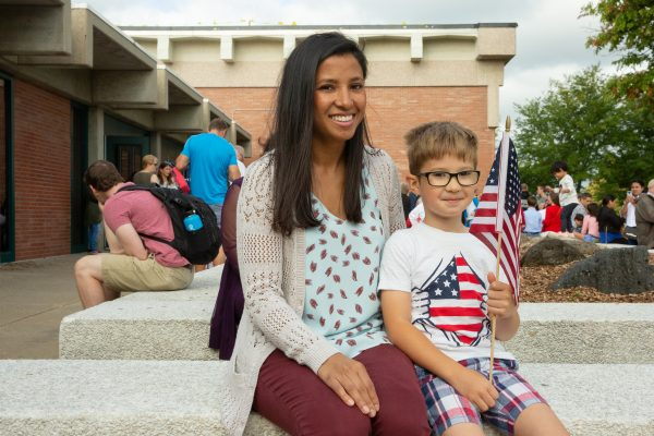 Ceremony at Hoover High Celebrates 197 New Americans